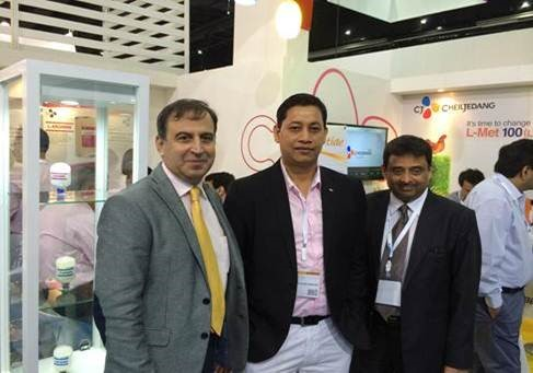 From Left to Right Mr. Rizwan.F.Arfeen, Dr. Paran Sarma, Mr. Suleman Shahbuddin
